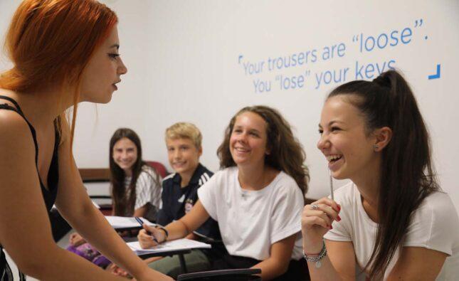 Различные курсы английского языка для детей на Мальте