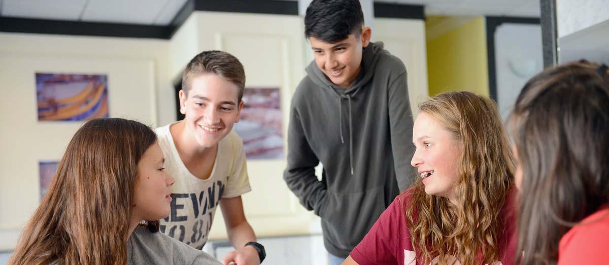 Durante los campamentos de verano en inglés en Malta para adolescentes y jóvenes con nosotros
