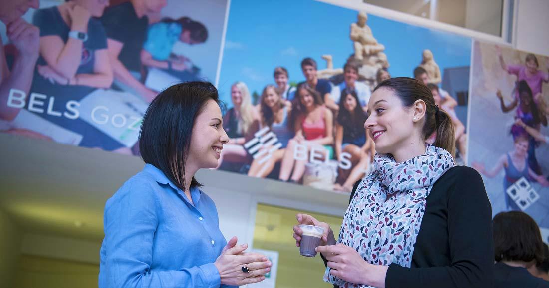 La selezione di corsi di inglese per adulti a Malta presso la scuola BELS