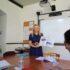 Estudantes durante curso geral de inglês