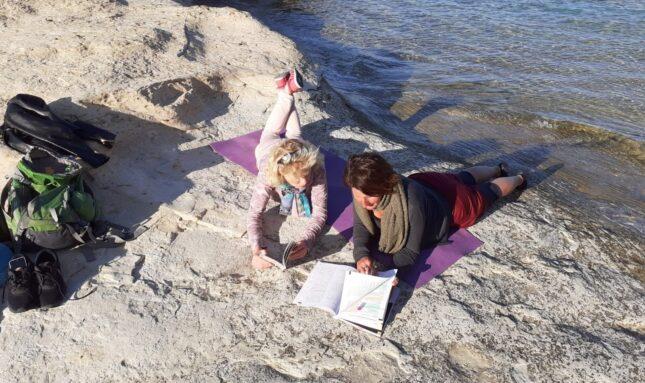 Na plaży podczas pobytu na Gozo