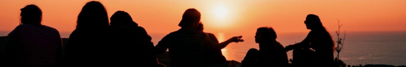 Fußzeilenbanner Sonnenuntergang Freunde