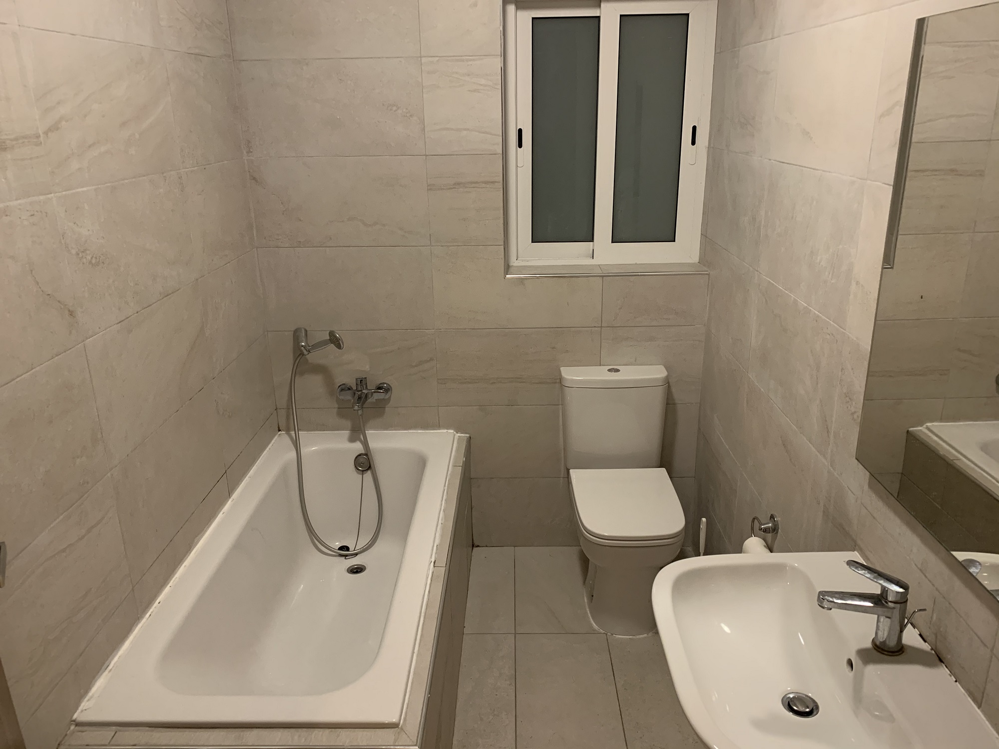 Bathroom with tub at the BELS Residence
