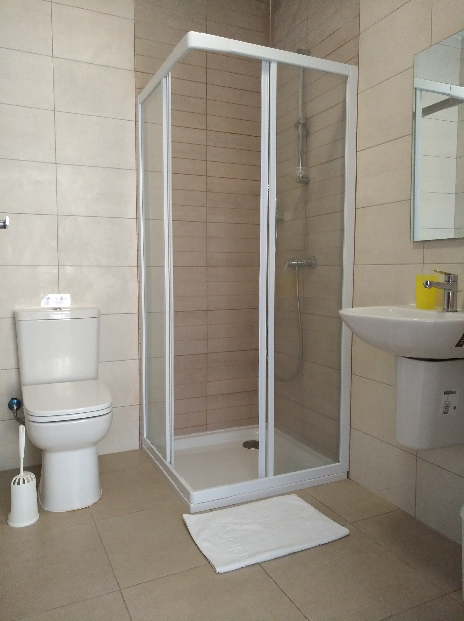 Shared bathroom at the BELS Student residence in malta