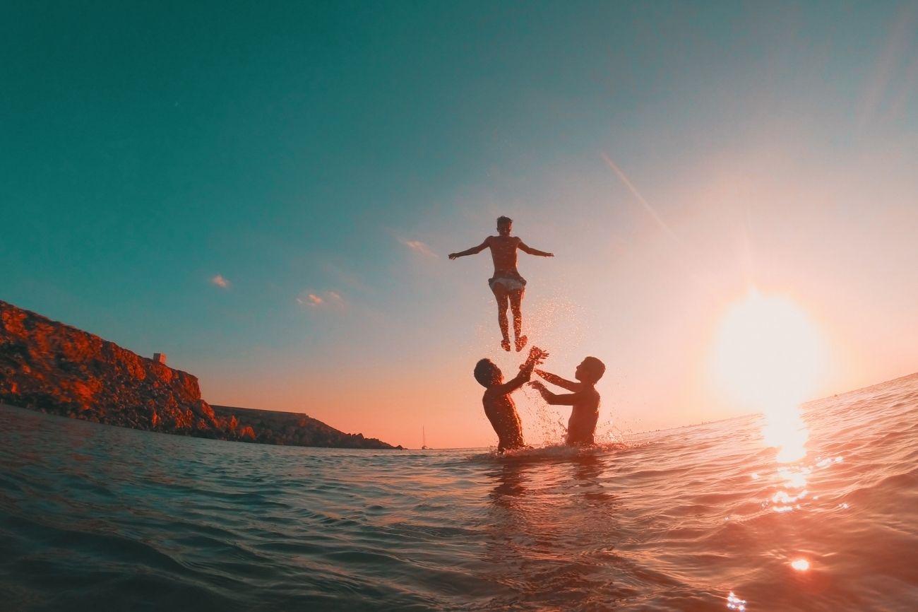 Jumping in the sea in malta